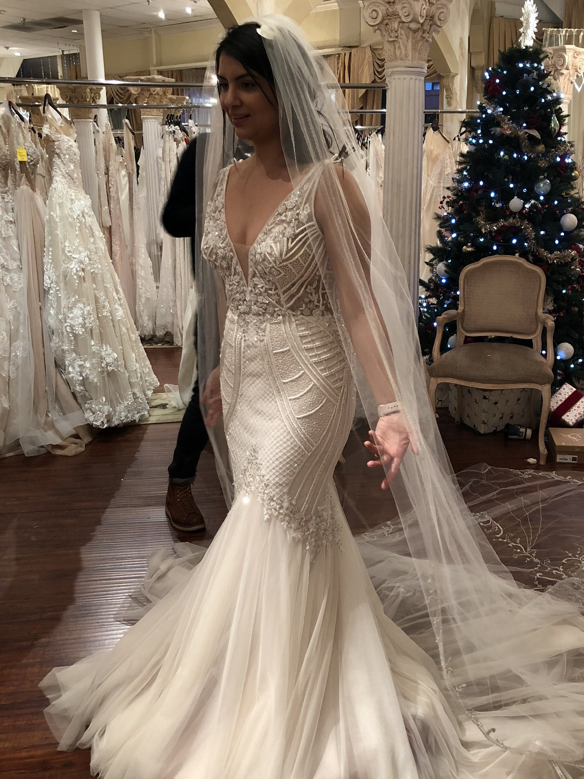 Badgley Mischka Charlize Used Wedding Dress Save 36 Stillwhite,Wedding Dresses With Deep V Neck