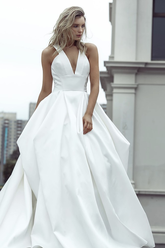 Bonita Couture Paradiso collection: white rose