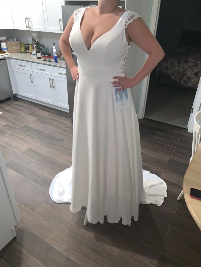 Allure Bridals, 9610