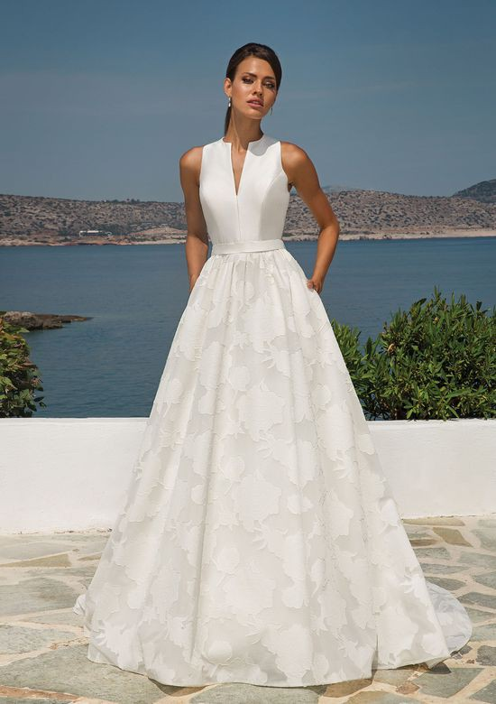 Justin Alexander Organza Jacquard Ball Gown with Sleeveless Mikado