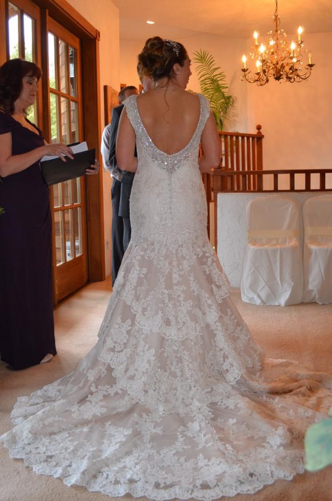 Allure Bridals 9311