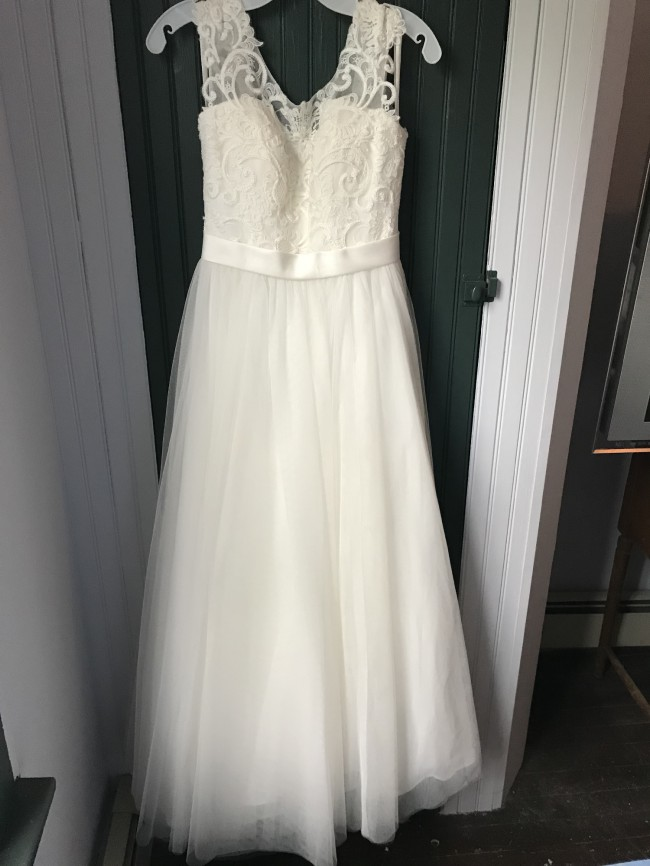 David's Bridal Tulle Wedding Dress with Lace Illusion Neckline (W