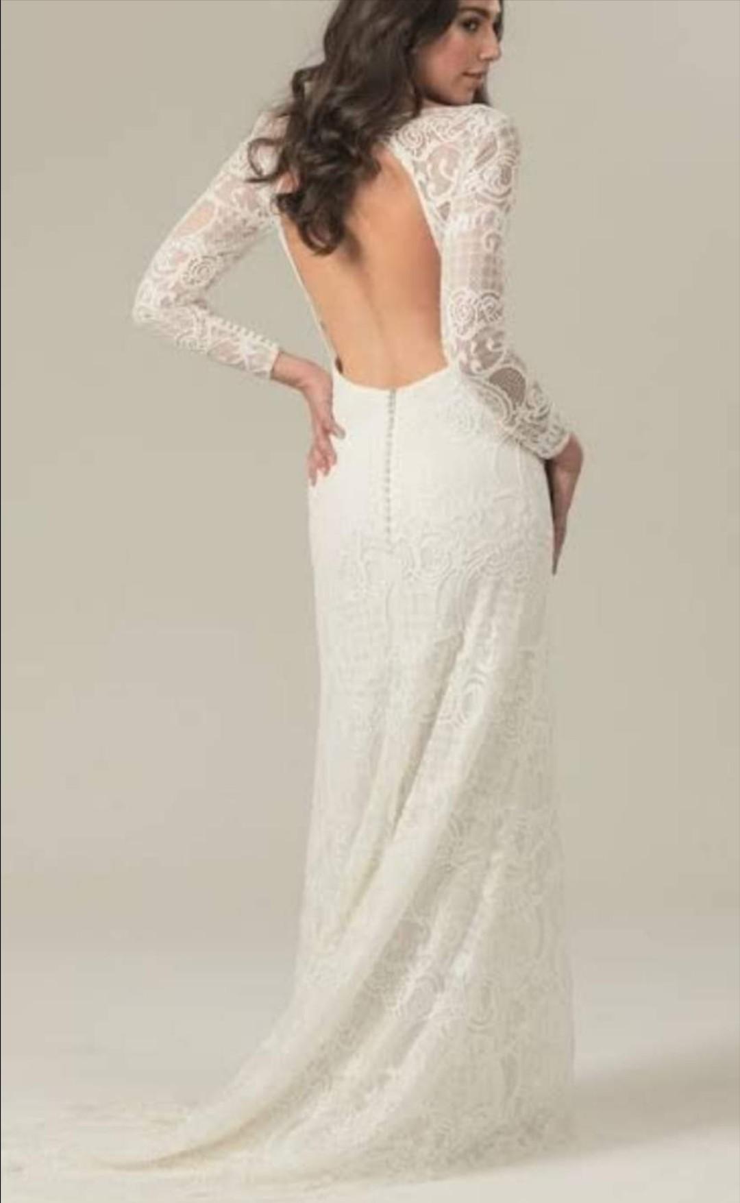 86a567618e1bd Becketts Bride Vera Wang Monique Lhuillier Reem Acra Berta Renta.
