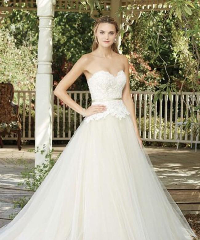 Casablanca Bridal 2282