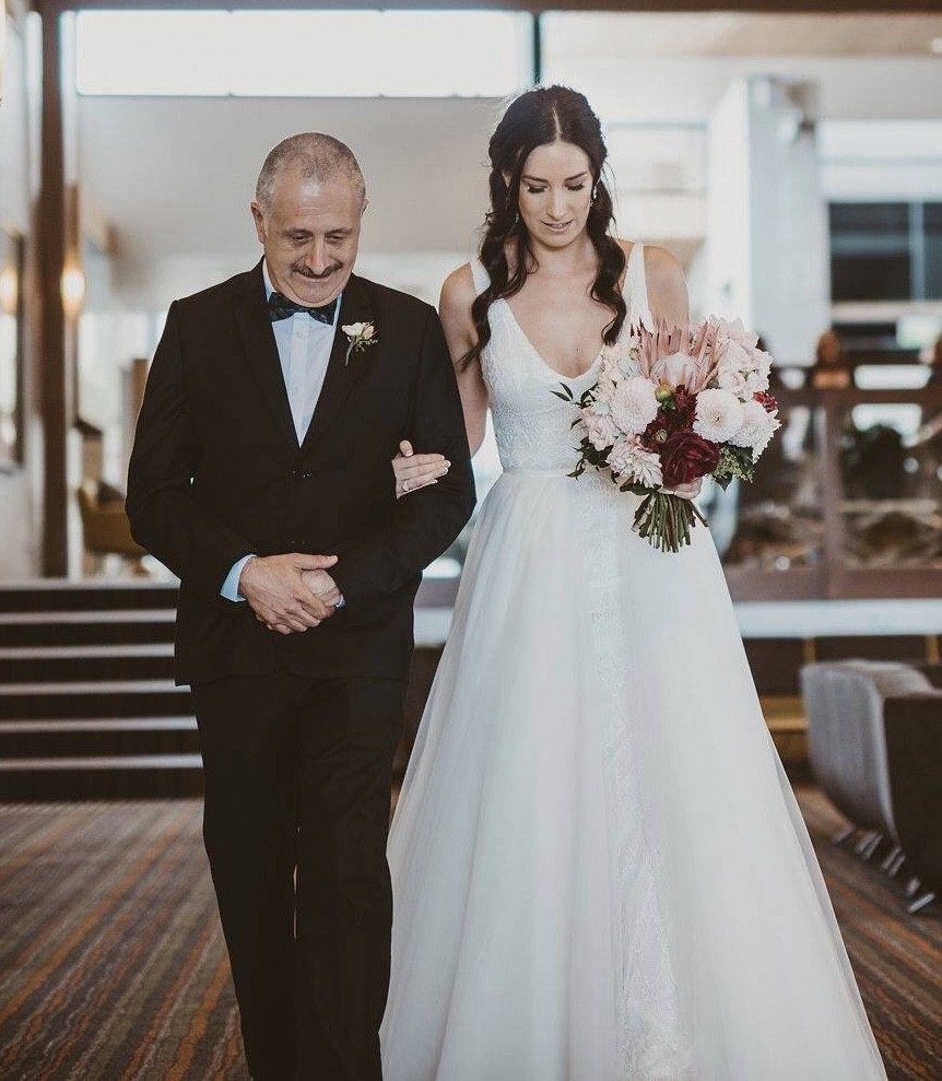 Made With Love Removable Skirt Second Hand Wedding Dress