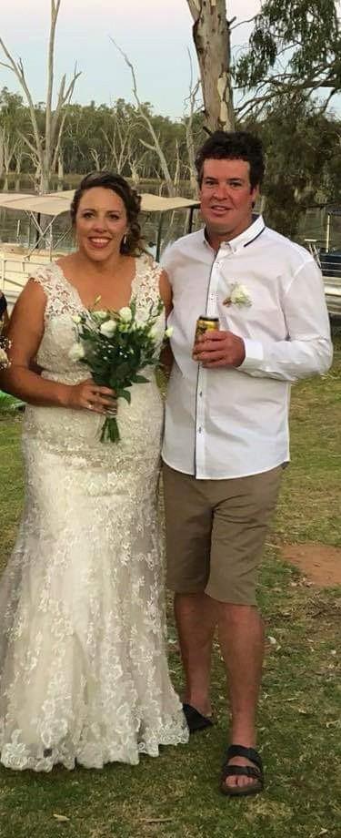 Allure Bridals 9140