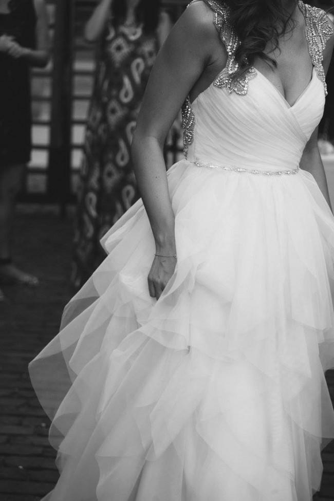 c75fec2d9374 Hayley Paige Carrie #6350 Second Hand Wedding Dress on Sale 66% Off ...