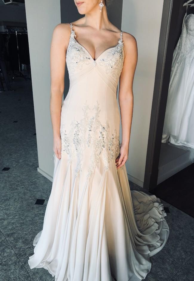 Brides Desire, Camilla