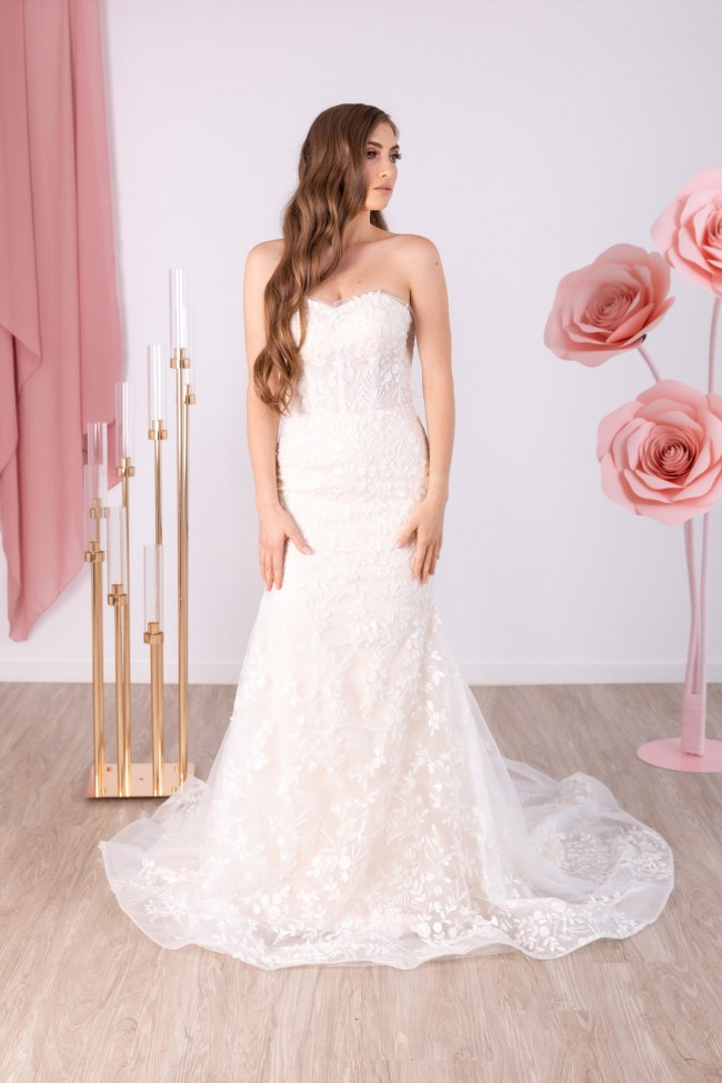 Tee & Ing Bridal Rome Gown