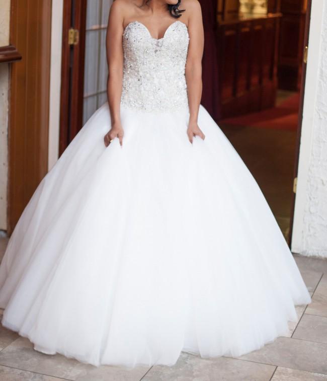 Allure Bridals, c244