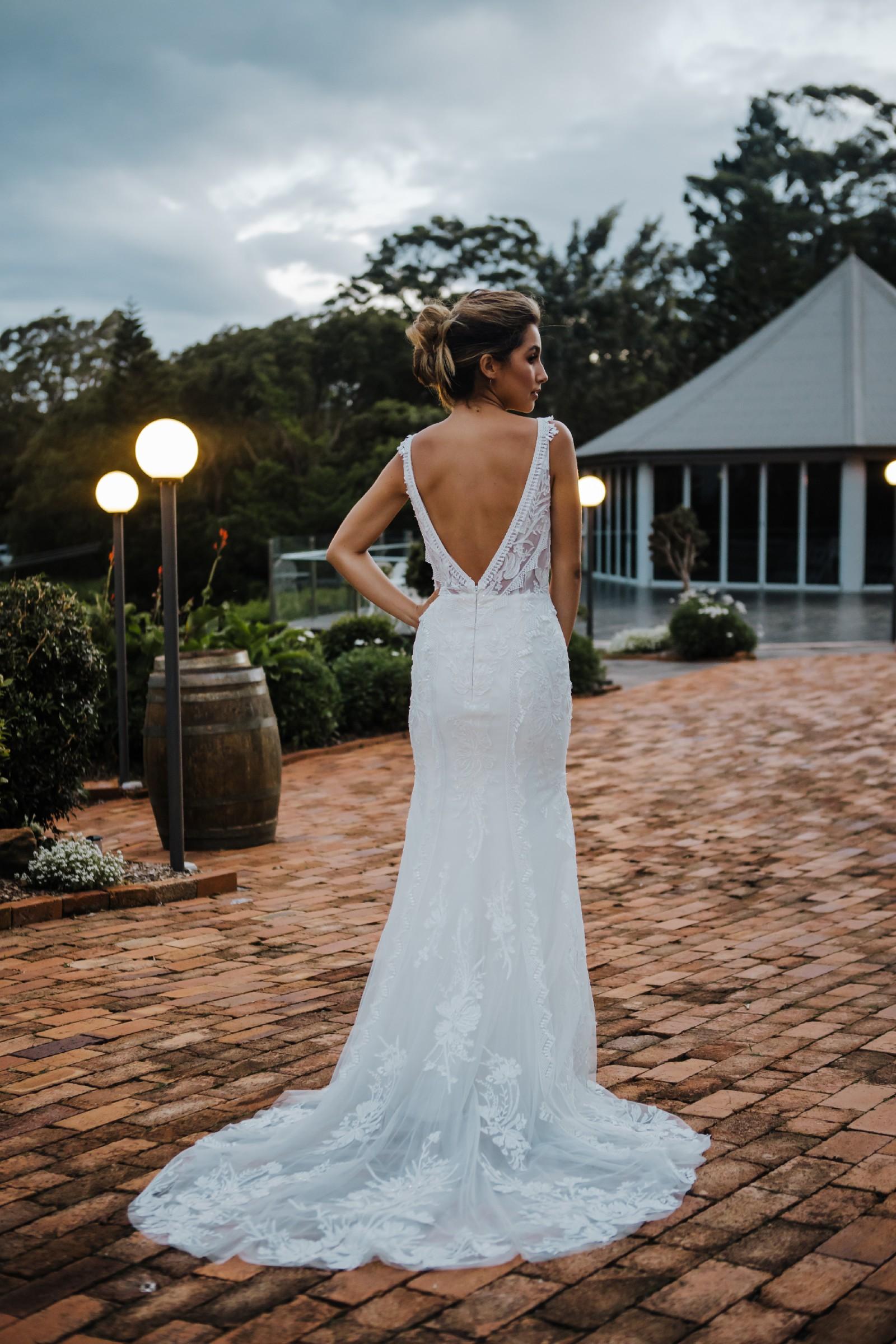 Kate Gubanyi Tallahassee New Wedding Dress Save 20   Stillwhite