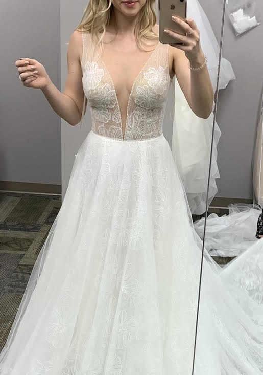 Casablanca Bridal 2353 Kayla