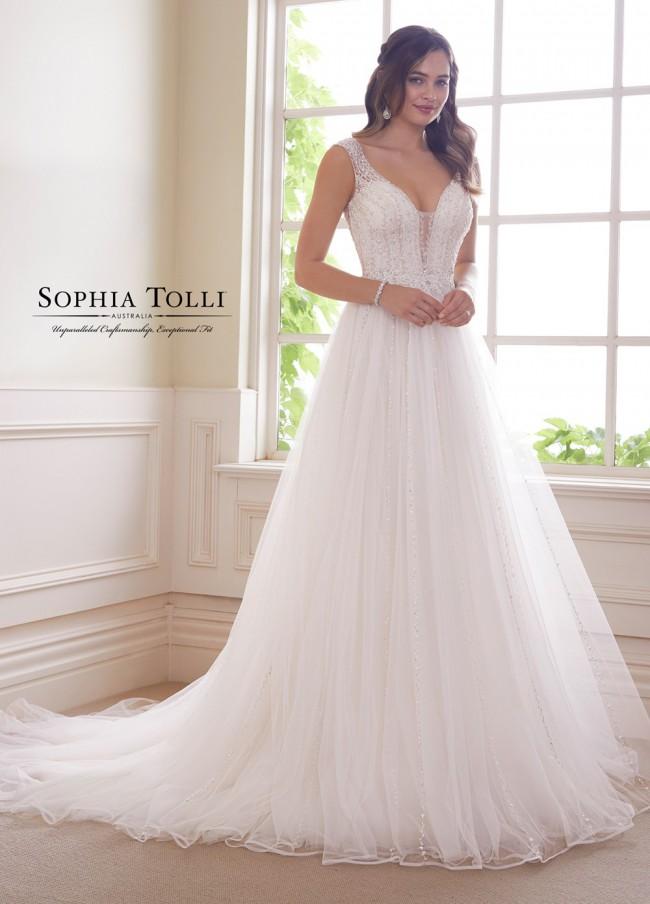 Sophia Tolli y21821