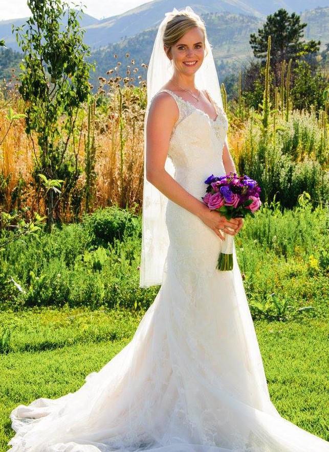Casablanca Bridal 2135