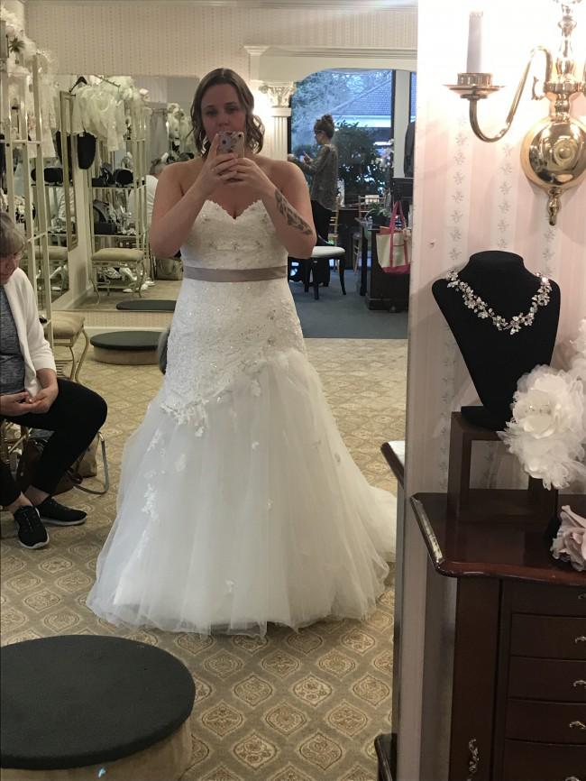 Sophia Tolli, Y21246 Jillian Wedding Gown