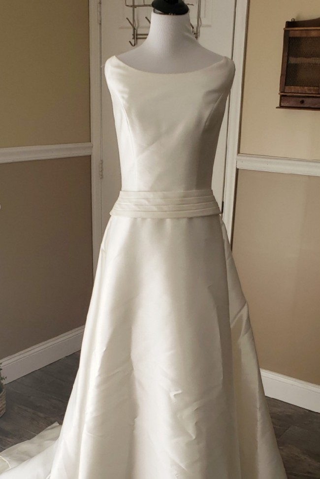 Pronovias You by Pronovias Ivory Satin Wedding Dress