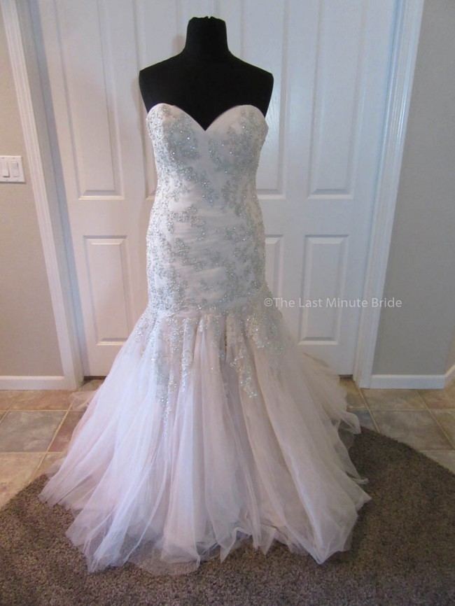 Allure Bridals 9300