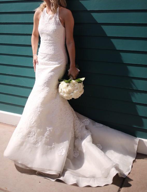 Carolina Herrera Lace And Organza Halter Gown