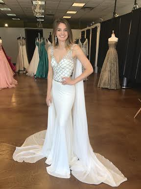 9ed56d7f7ab Sherri Hill Preowned Wedding Dress on Sale 44% Off - Stillwhite Australia
