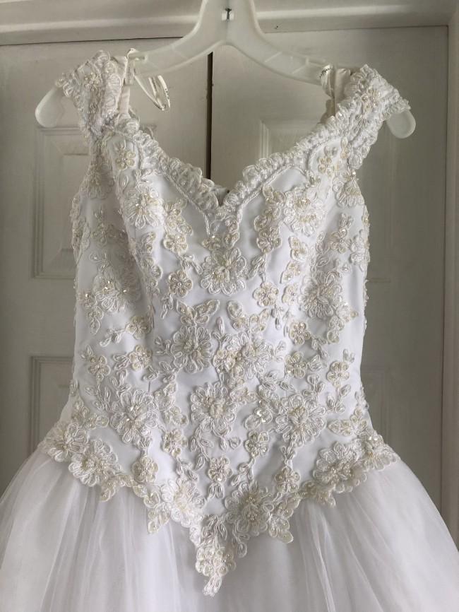 David's Bridal, CT2881A