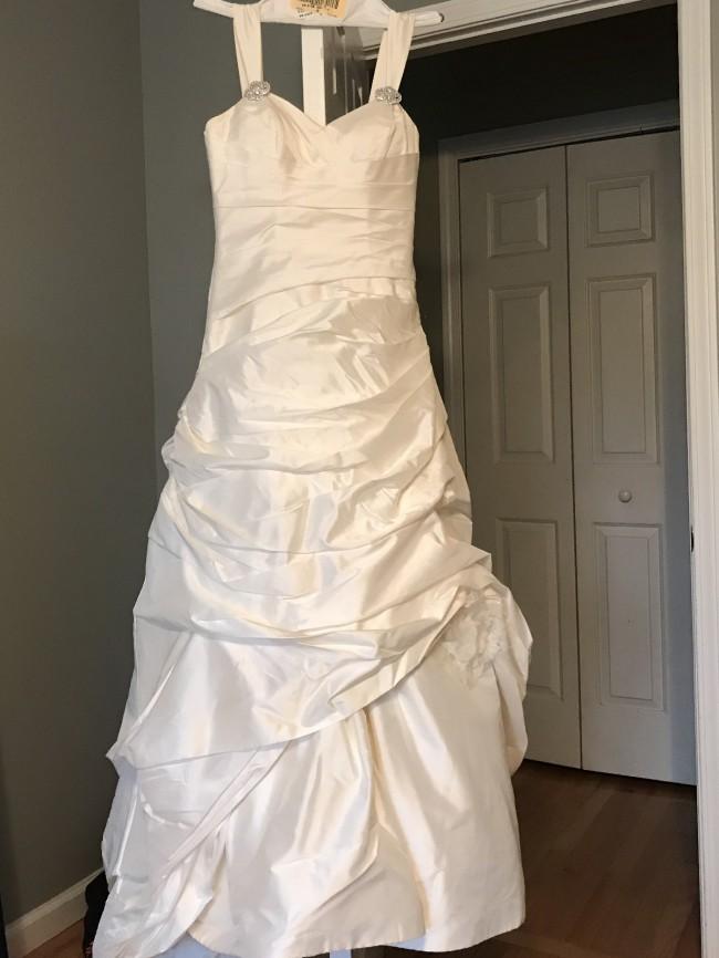 Paloma Blanca Bluebird Dress of Toronto Limited CAO5313