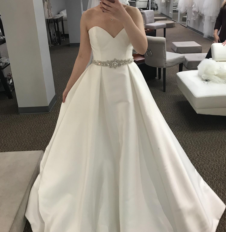 Essense Of Australia D1875 New Wedding Dress On Sale 28
