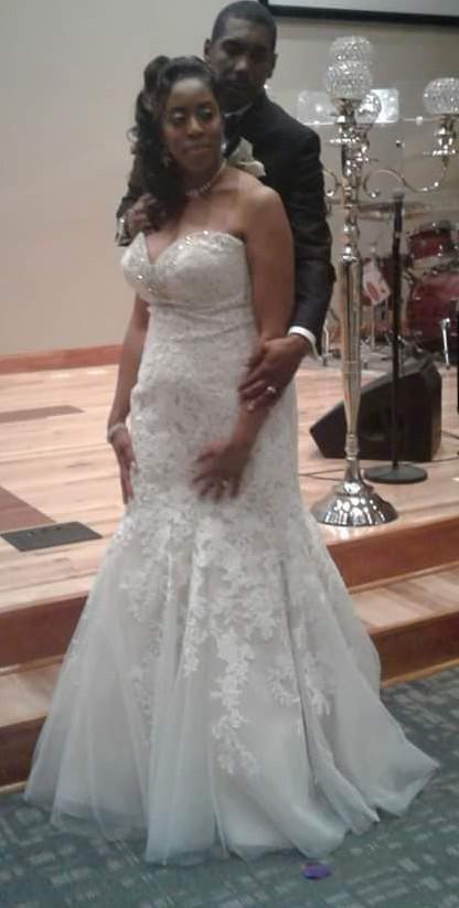 f2a131ea6d2c Diva Couture DIVA BG S30991 Second Hand Wedding Dress on Sale 50% Off -  Stillwhite Australia