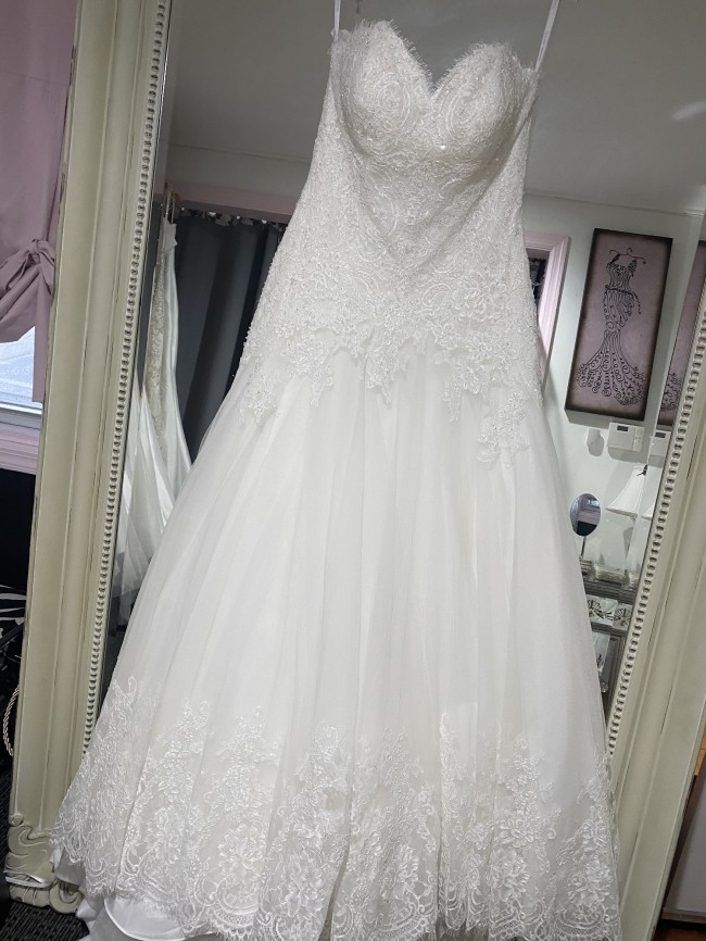 Allure Bridals 9655