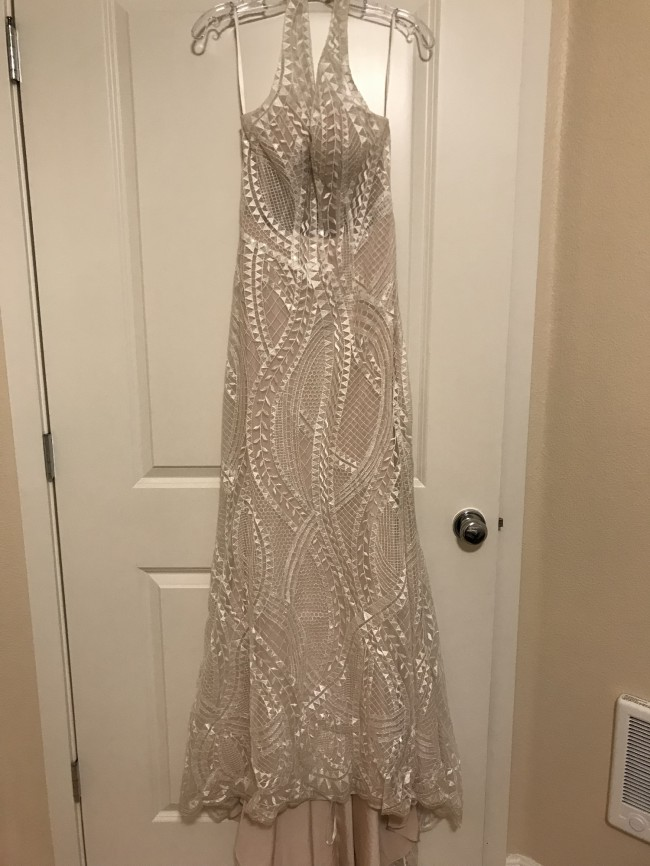 Allure Bridals, 9522