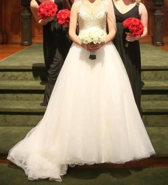 Allure Bridals 9050