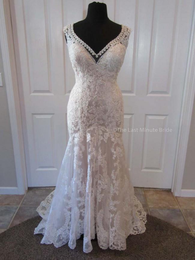 Allure Bridals W411