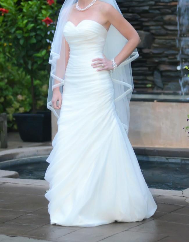 84494700e646 Pnina Tornai 12343585 Preowned Wedding Dress on Sale 66% Off ...