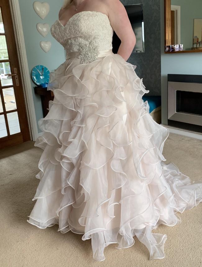 Allure Bridals, 8955