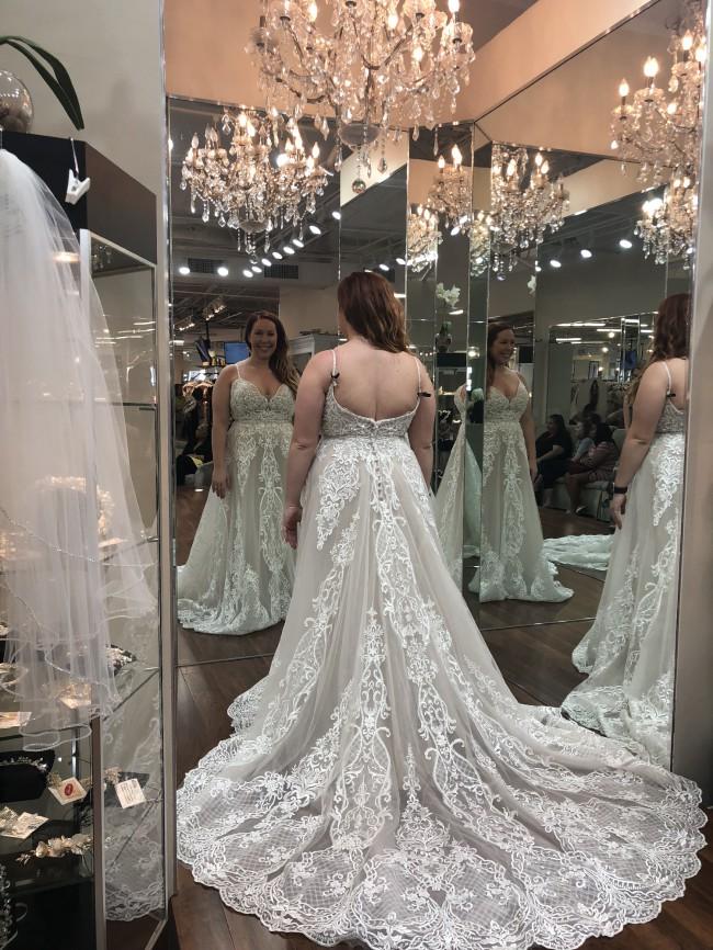 Allure Bridals C511