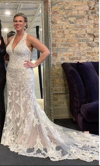 Allure Bridals 9771