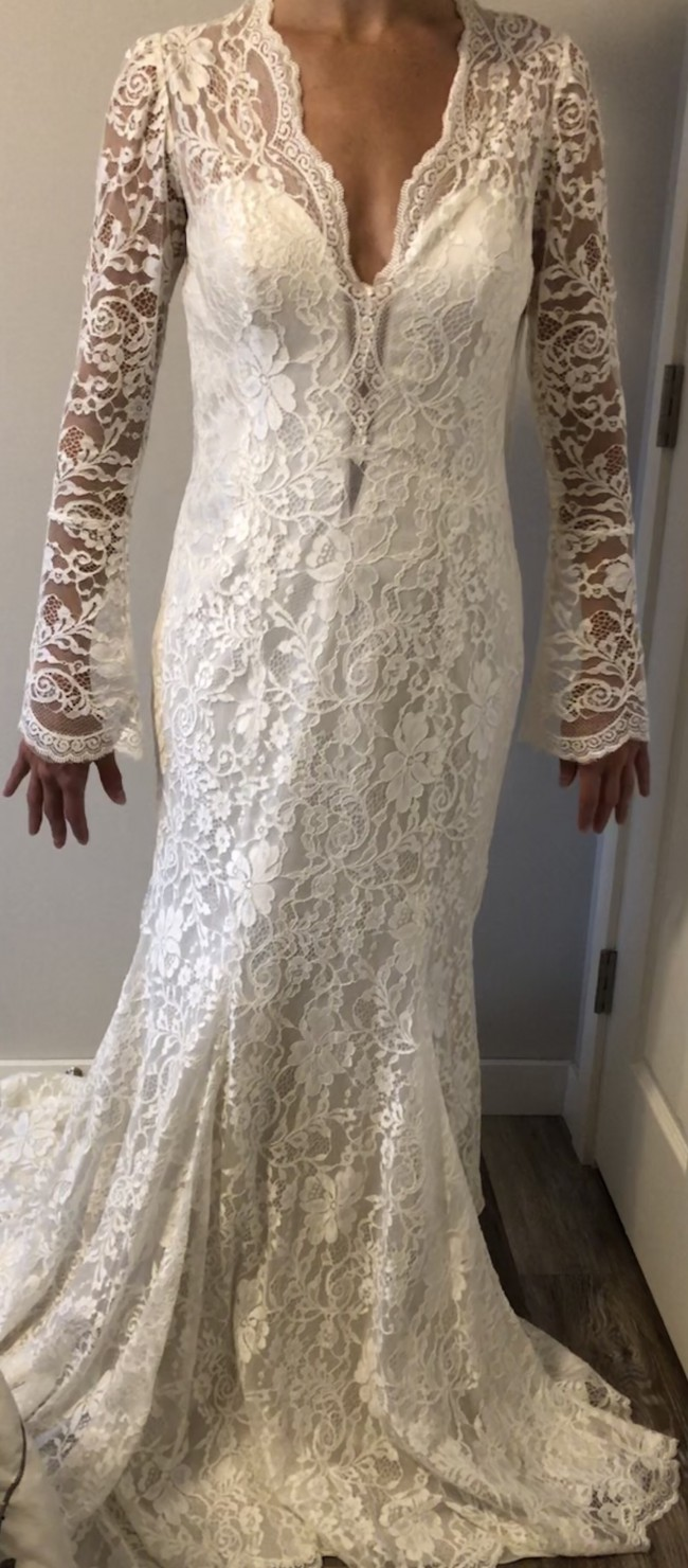 Allure Bridals 9213