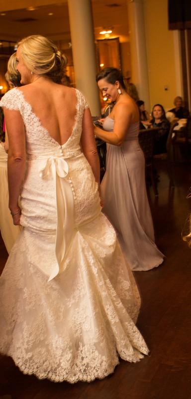 Allure Bridals 9000 - Off White