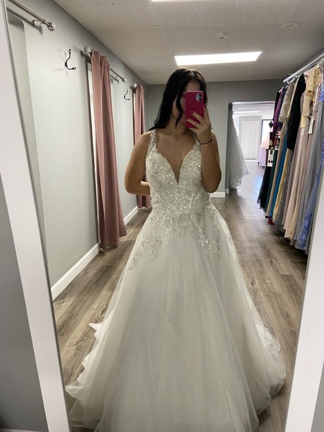 Allure Bridals Style 9775L