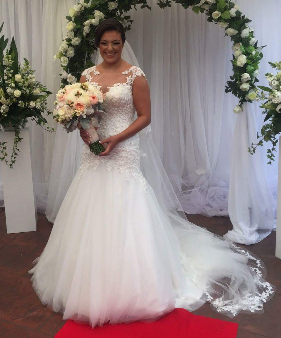 Maggie Sottero Evianna Used Wedding Dress On Sale 37% Off