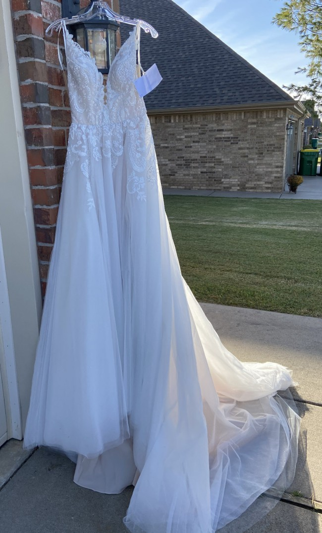 Hayley Paige Hailey Paige Nash gown NEW!!!