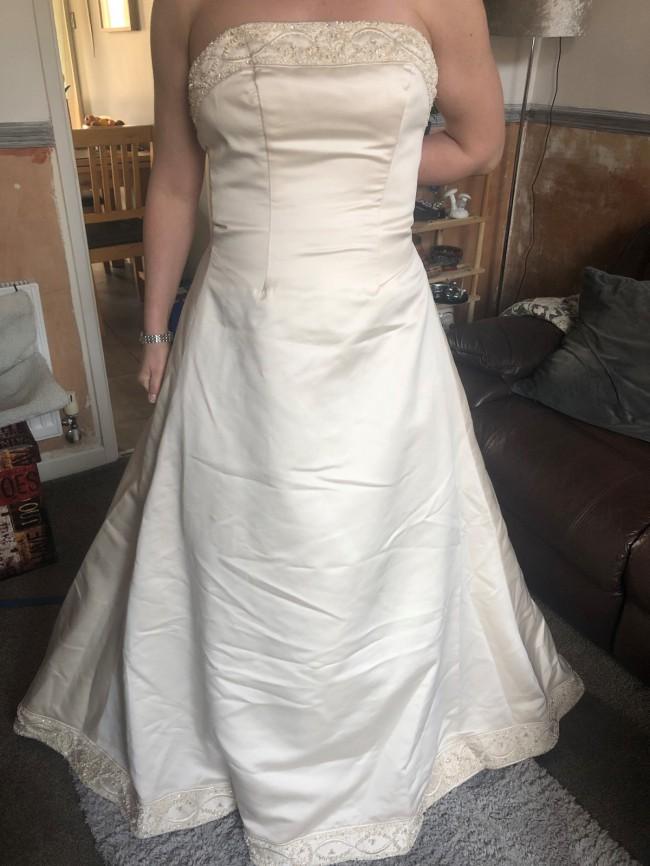 Eternity Bridal D410