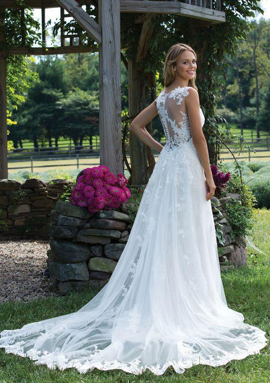 Sincerity Bridal 3976