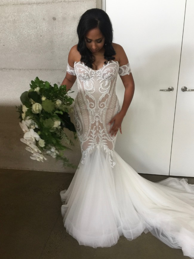 10d752d850b5 Leah Da Gloria Used Wedding Dress on Sale 38% Off - Stillwhite