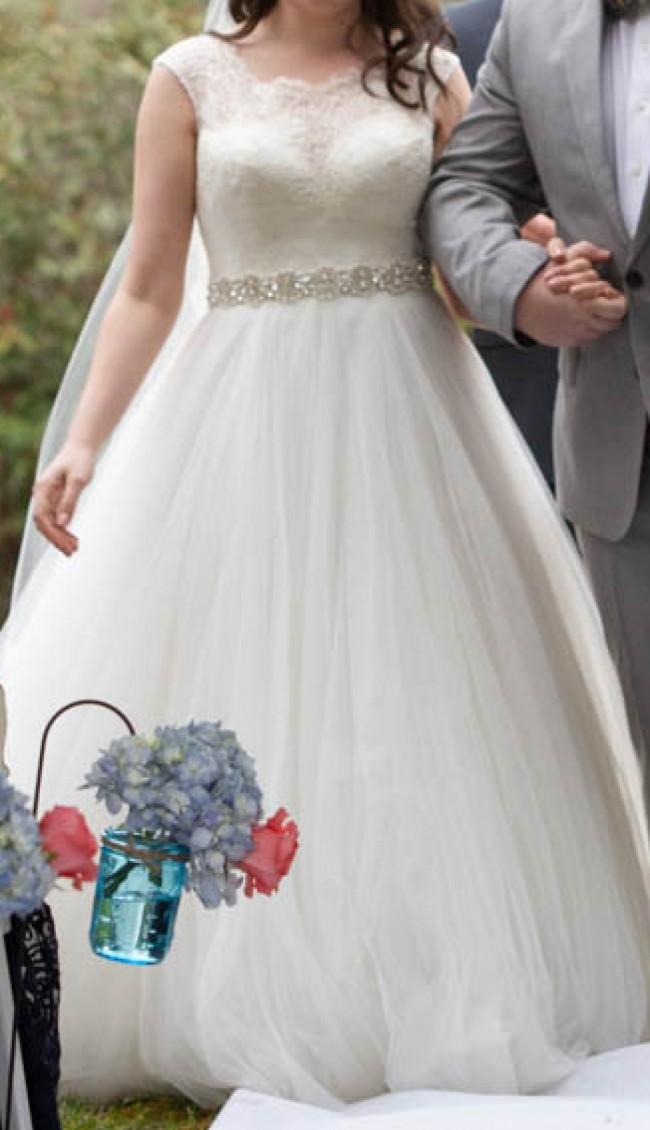 Allure Bridals 9022