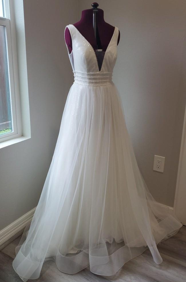 David's Bridal 7SV821