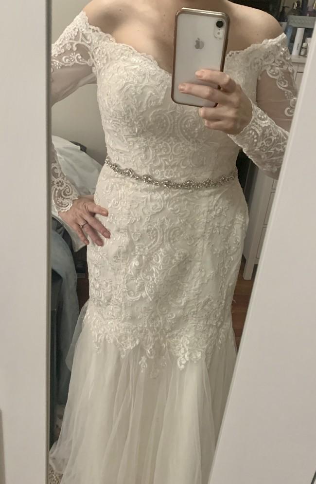 David's Bridal WG3943