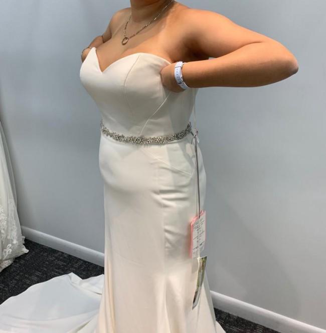 Essense of Australia Comfortable Strapless Wedding Dress. Style D2256.
