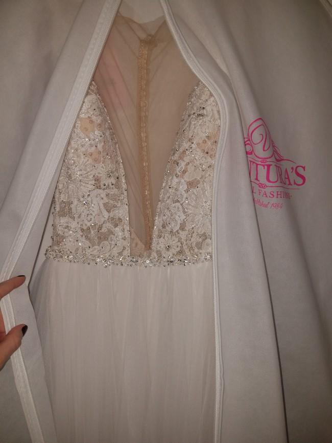 Allure Bridals, 9500