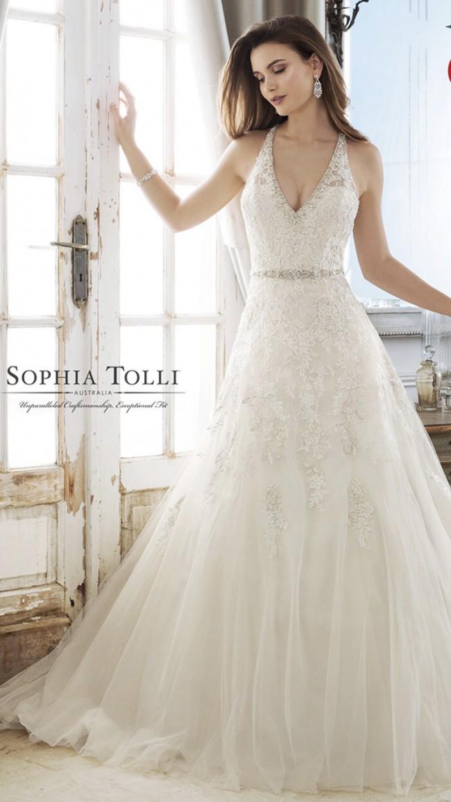 Sophia Tolli Kali