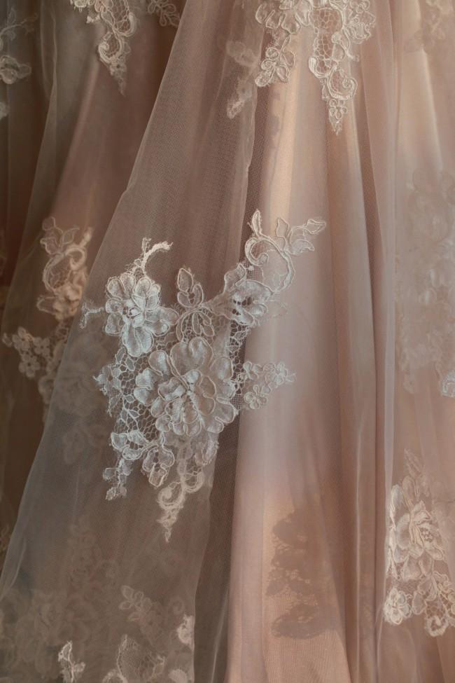 Allure Bridals 9352